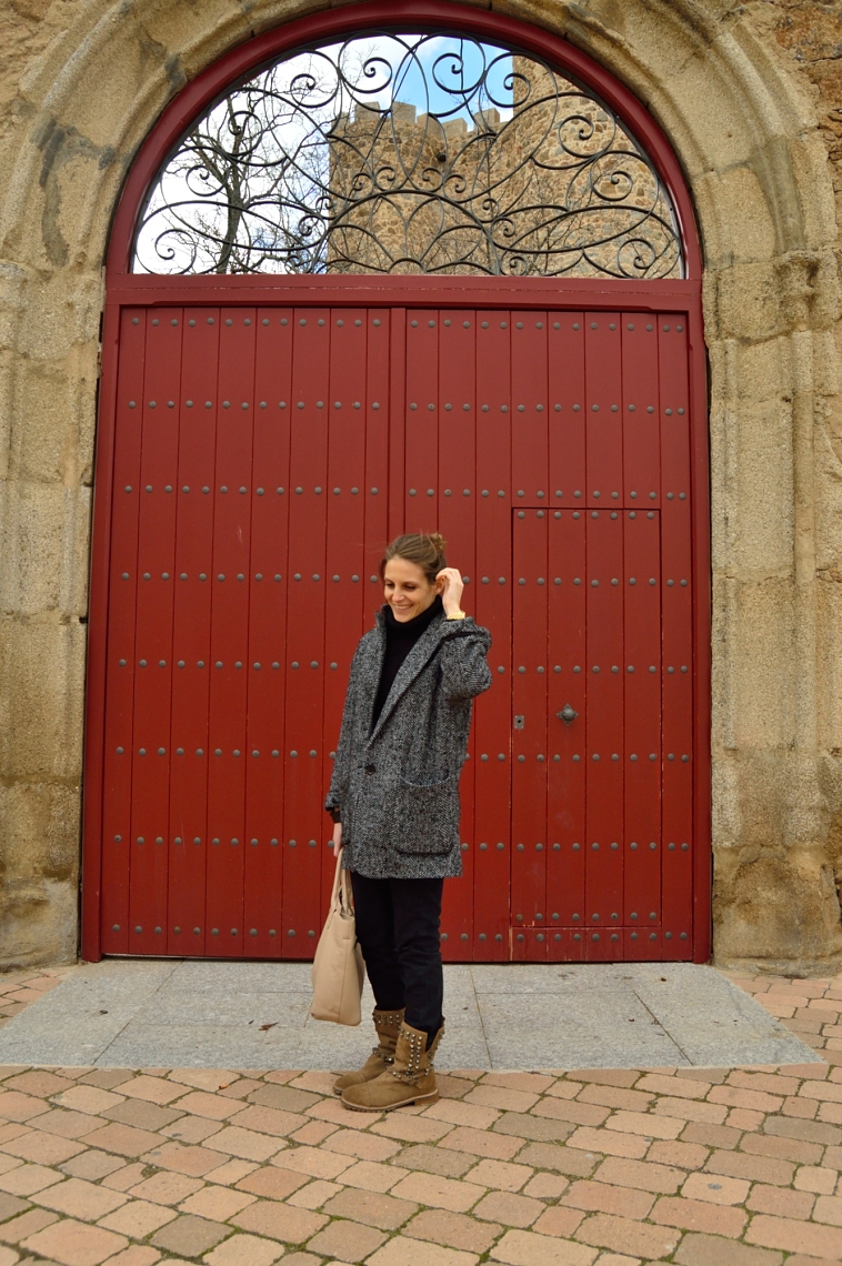 lara-vazquez-madlula-blog-fashion-all-terrain-boots-style