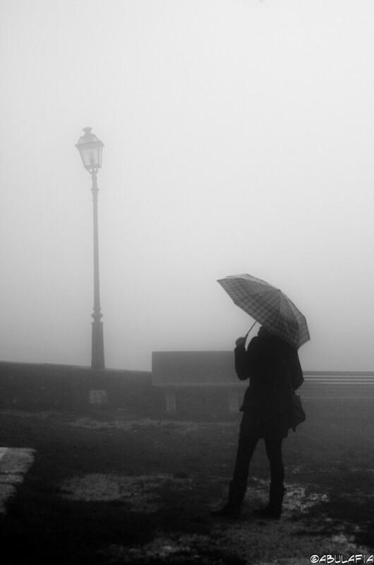 Sotto la pioggia / Under the rain
