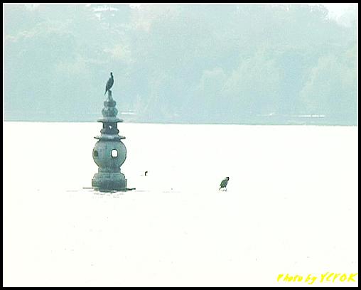 杭州 西湖 (其他景點) - 446 (西湖十景之 三潭印月 其中一個石燈籠)