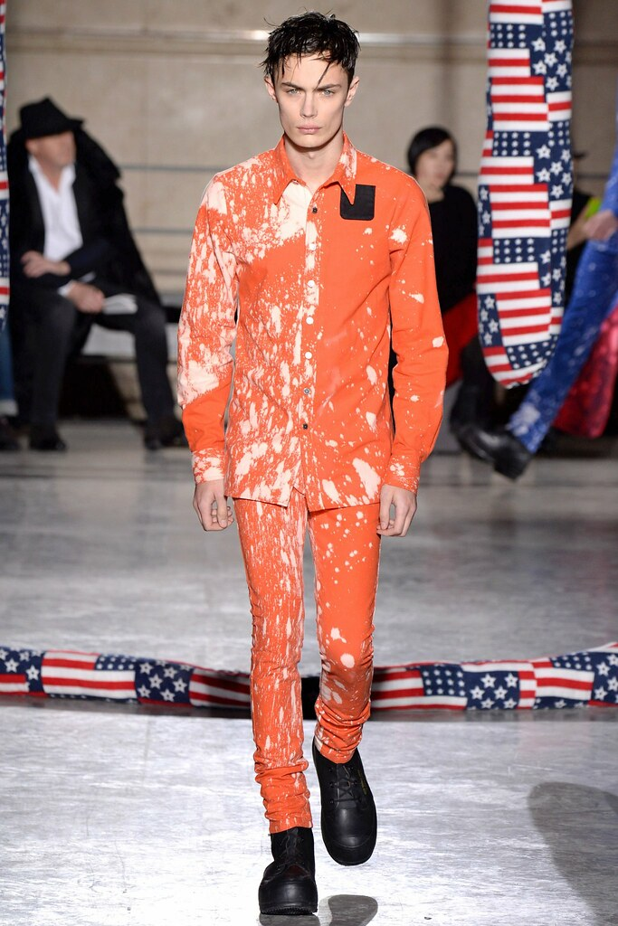 FW14 Paris Raf Simons027_Simon Kotyk(VOGUE)