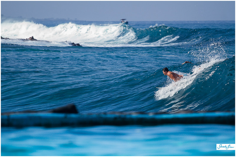 26-surfing-south-swell-kona-hawaii.jpg