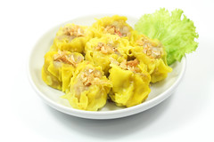 Kanom jeep,Thai steamed dumplings. Selection of Th…