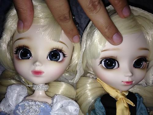 Pullip Dahlia and Pullip Dahlia Princess Cinderella
