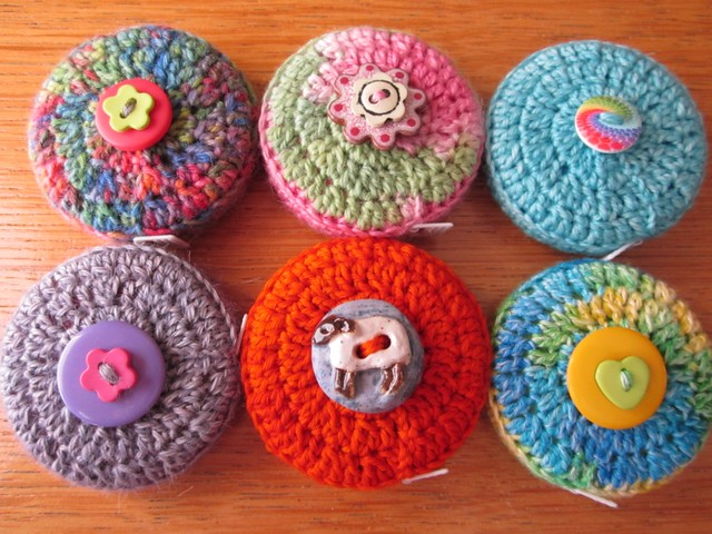 crochet tape measure cases tutorial (44)
