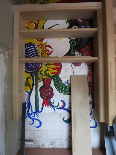 IMG_4811 2014-05-09 K Tester mural Victoria Greenhood Jewelry Design