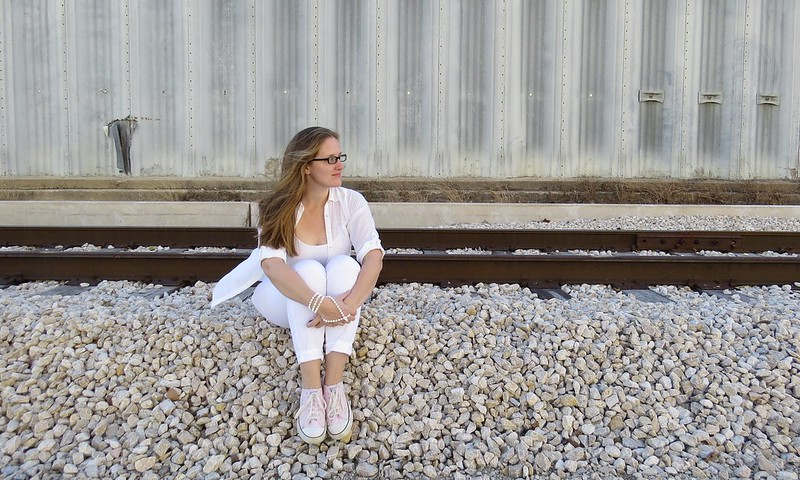 Thrift Style Thursday: White-Out