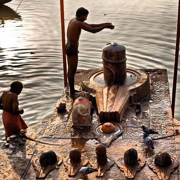 mahadev #varanasi #shiva #lingam #puja #kashi #banaras #b