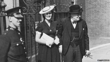 Winston Churchill con su hija Mary Soames