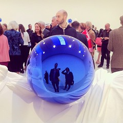 #ArtSelfie w/ @jonnymoon #JeffKoons