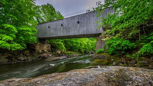 longexposure bridge water landscape waterfall kent spring unitedstates connecticut coveredbridge bullsbridge kentconnecticut