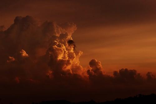 storm night turbulentsky glowinthesky tropicalcumulonnimbusclouds