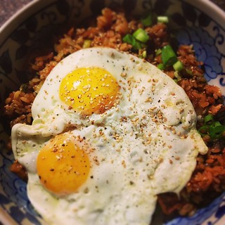 Kimchi fried rice... Late dinner comfort food~