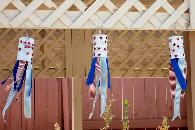 tin can wind socks for 4th of july