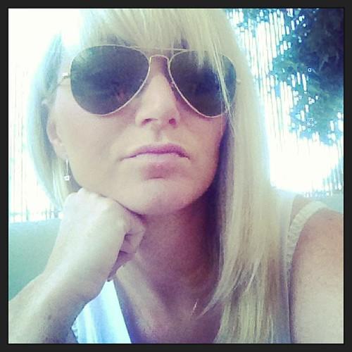 Femme à lunettes !