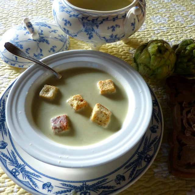 Artichoke Soup With Croûtons