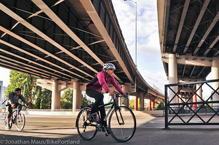 Hawthorne Bridge scenes-4