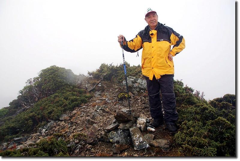南湖大山北峰頂(Elev. 3592 m)