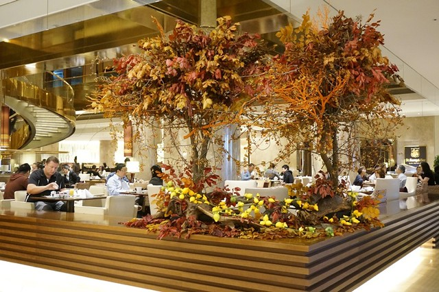 breakfast- Hilton Tokyo - shinjuku - exec lounge