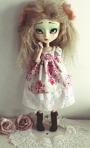 Holly Hatter 11151125874_a699df1025