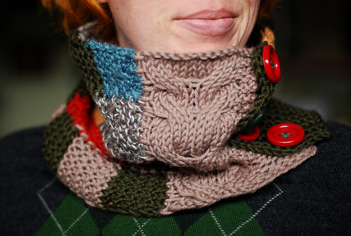 Travel cowl gift knit