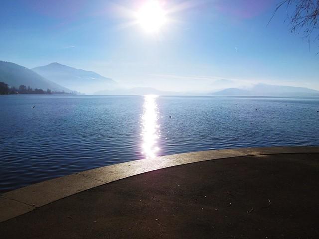 Un peu de soleil dans l'eau froide