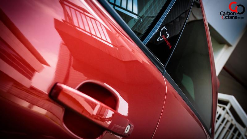 2014_Opel_Corsa_OPC_Nurburgring_Edition_side_logo