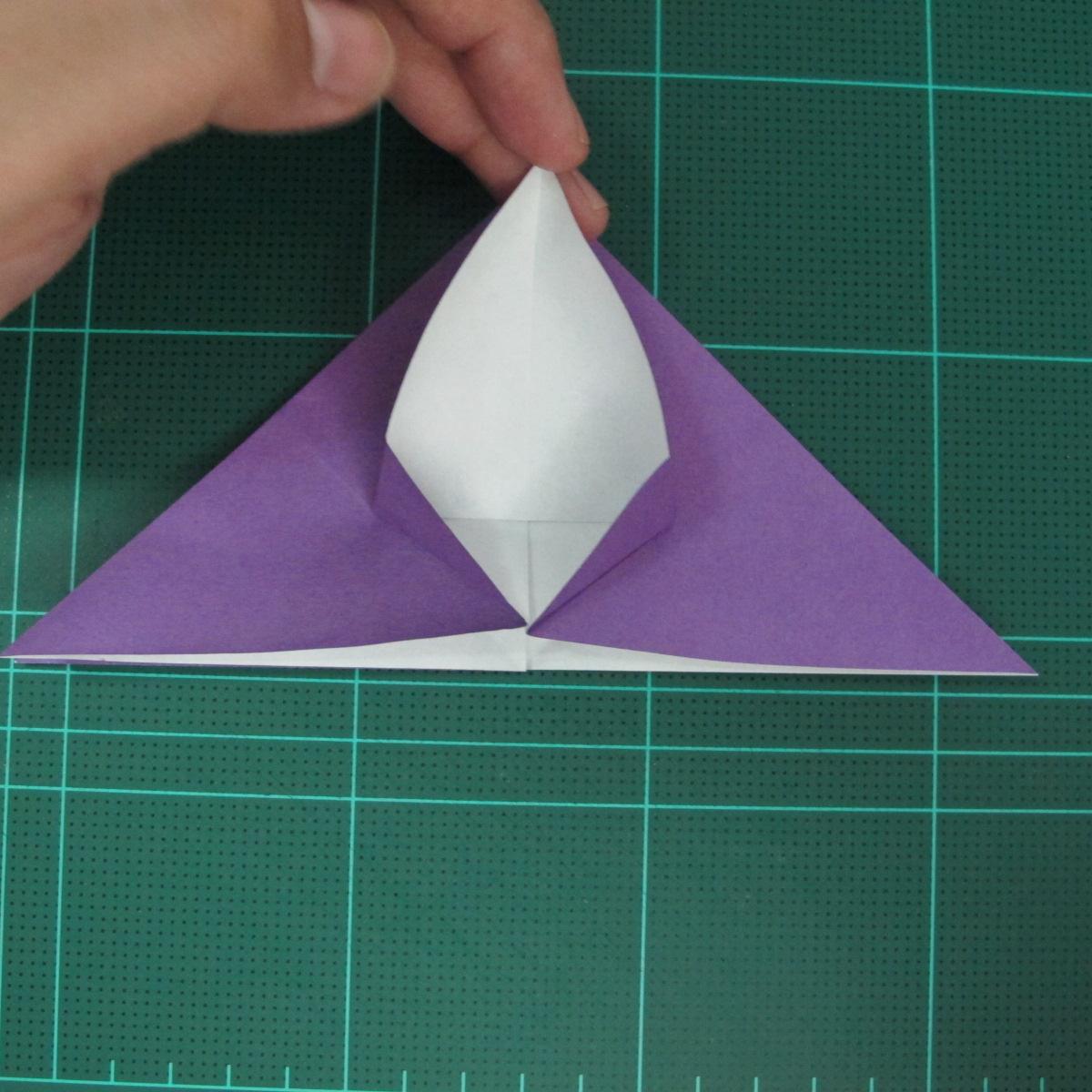 การพับกระดาษเป็นฐานนกอินทรี (Origami Eagle) 011