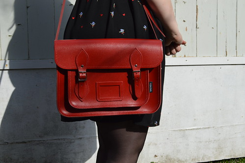 a picture of a red satchels satchel