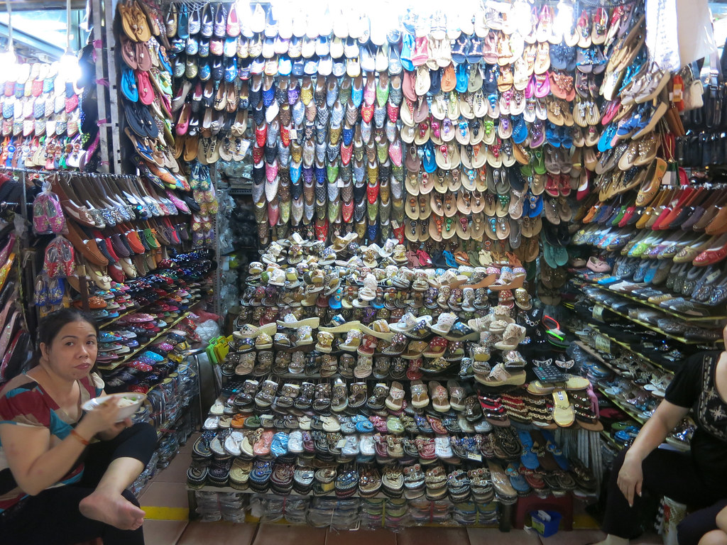 saigon shoe stall