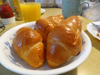 ロールパン / Butter brioche rolls