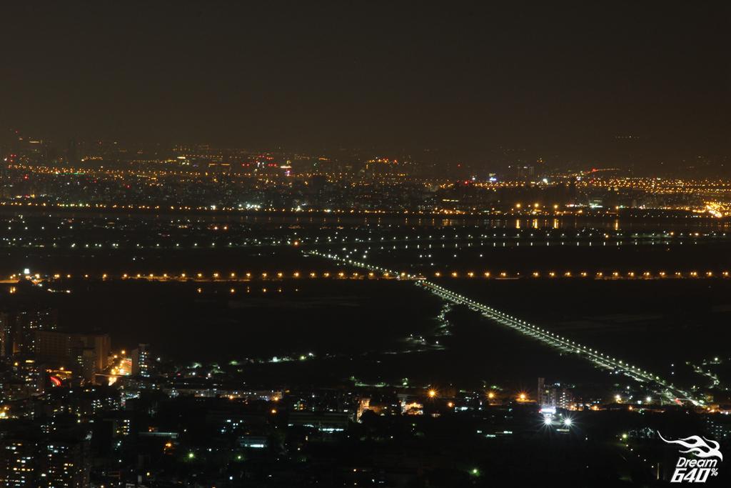 北投櫻花隧道-夜櫻32