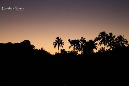 ...aprendendo a comtemplar os presentes de Deus...  #meuolharemfotos #ednelsonsantosfotografia #fotografia #photography #natureza #paisagem #amo #naturephotography #paraiso #meioambiente #pordosol #sunset #grupodecasaissj #fazendafiori #paripueira #alagoa