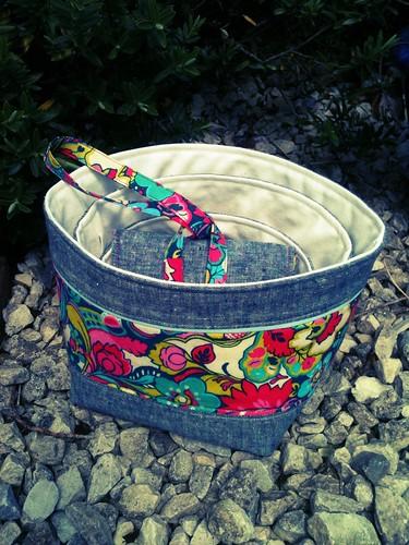 FLiRT swap nesting bowls