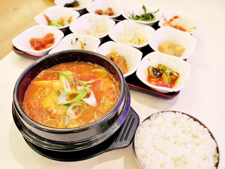 kimchi soup with rice