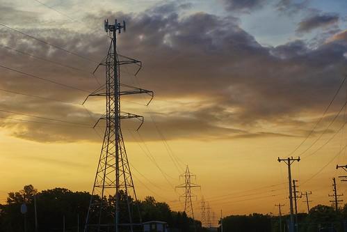 sunrise powerlines milwaukee