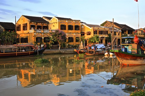 beautiful reflections of colonial Hoi An