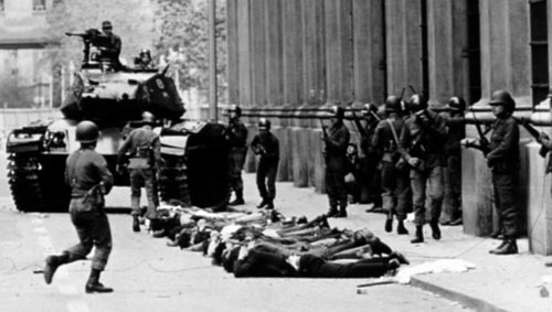 protesters rounded up chile 1973
