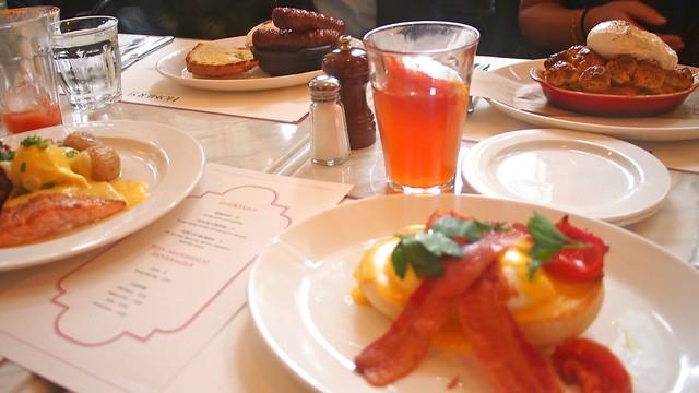 Brunch @ Homer St. Cafe and Bar | Yaletown, Vancouver