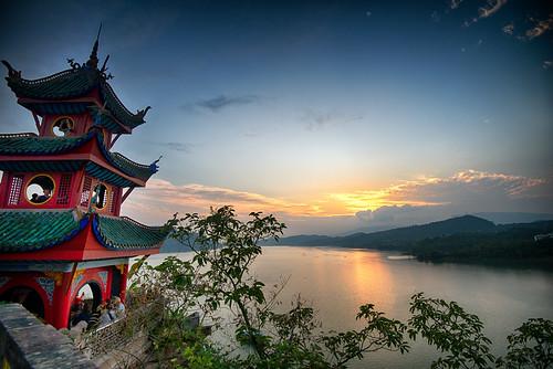 china sunset yangtzeriver chongqing shibaozhai qingdynasty