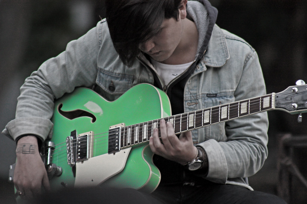 A Guide To Playing Coming Back To Life Chords On Your Guitar - A ...