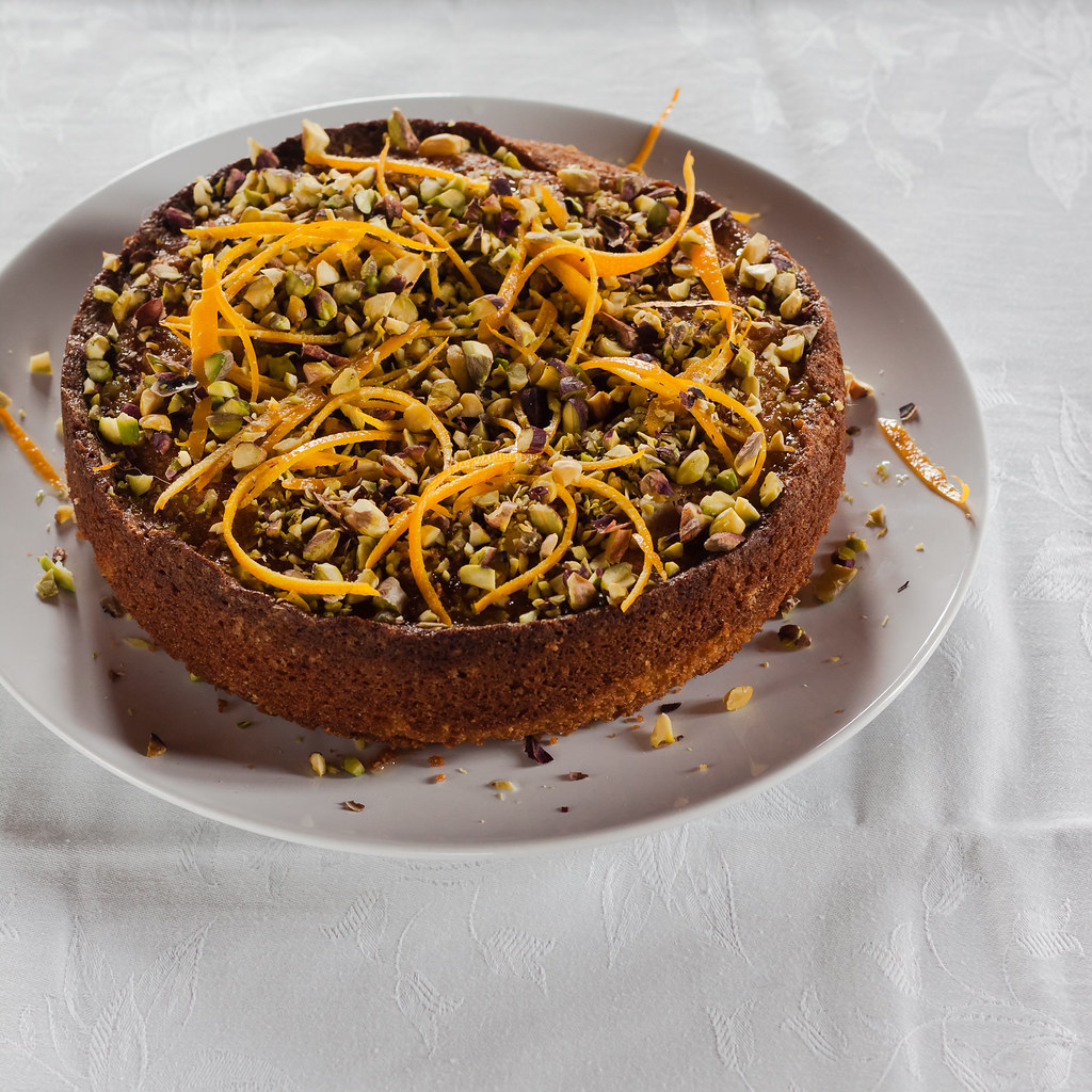 Orange honey polenta cake