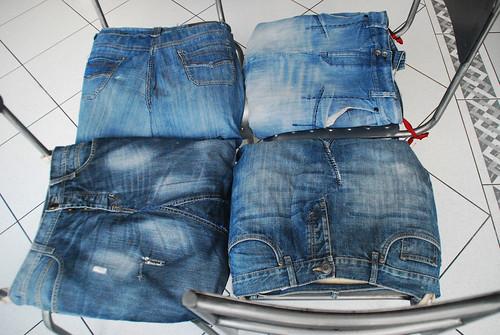 recyclage de vieux jeans poulattitude. Black Bedroom Furniture Sets. Home Design Ideas