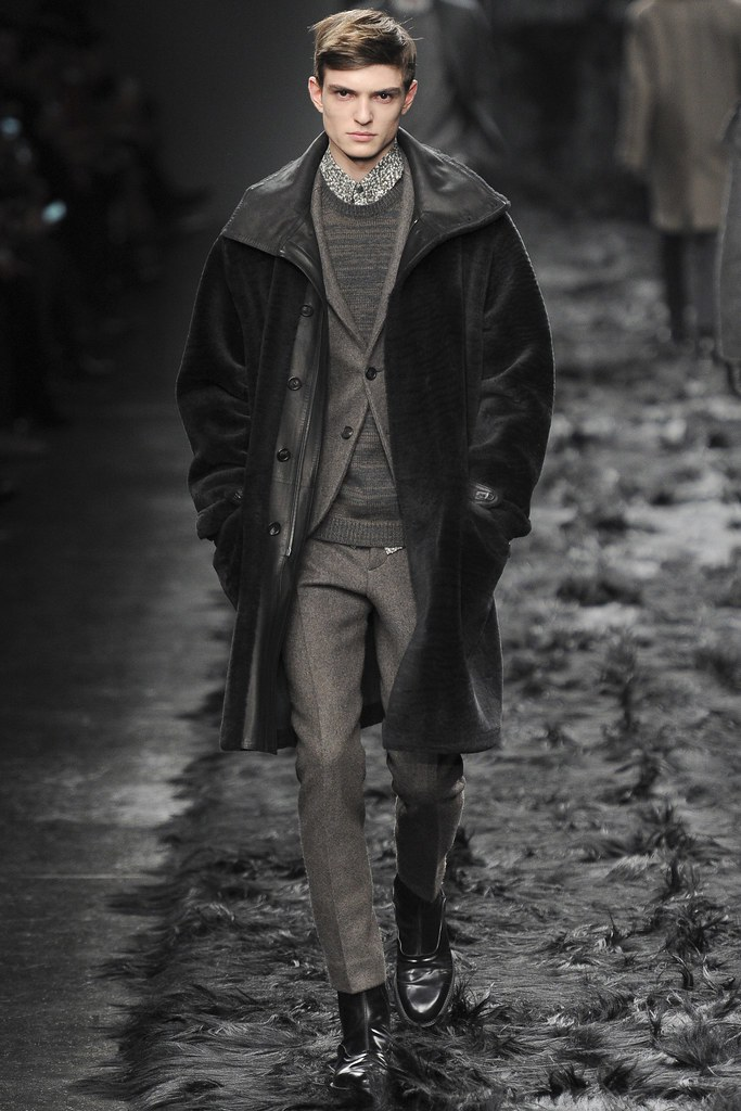 FW14 Milan Fendi006_Guerrino Santulliana(VOGUE)