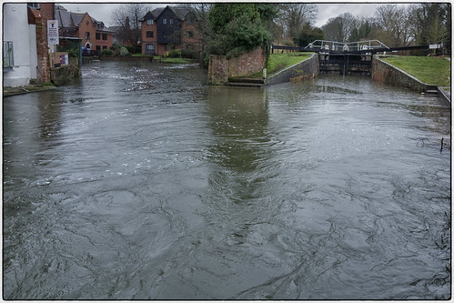 River Kennet in flood at Newbury Lock