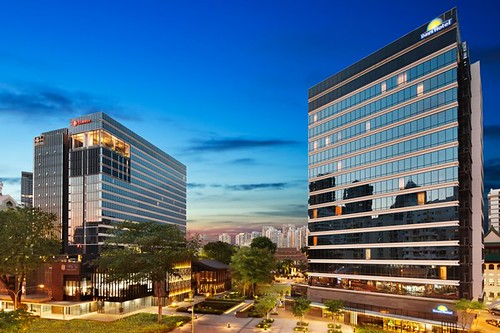 Ramada Hotel Singapore 01