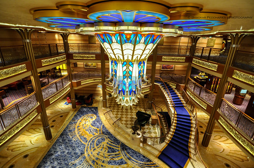 travel cruise sea vacation seascape beach stairs coast interesting sand ship interior scenic wideangle disney symmetry atlantic lobby chandelier springbreak bahamas nassau atrium decor atlanticocean castawaycay atriumlobby nikond90 disneydreamcruise bhaskarpeddhapati 2014yip 03292014 201428100 incredibleinteriors