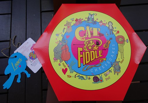 Cat and the Fiddle Gift Box with Gift Tag