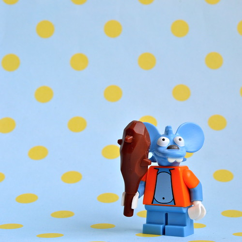 The Simpsons Minifigures: Itchy
