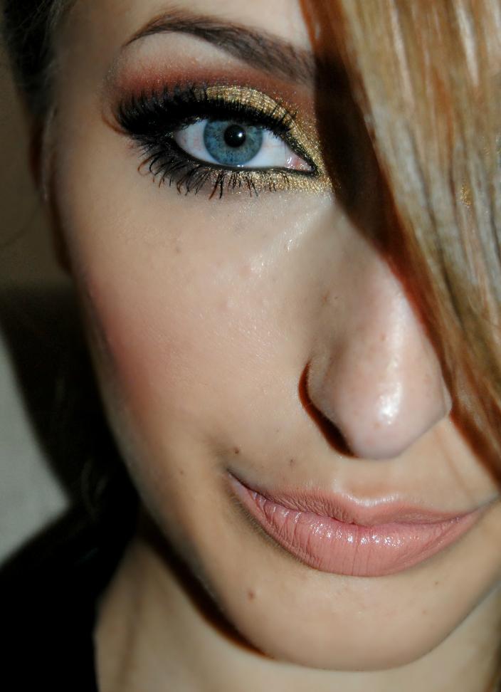 Gold Makeup (12)