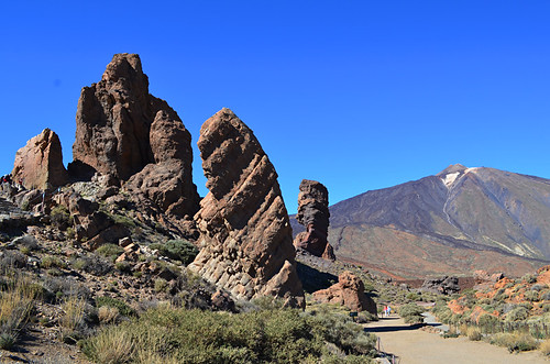 Mount Teide and Roques de Garcia, Teide National Park, Tenerife